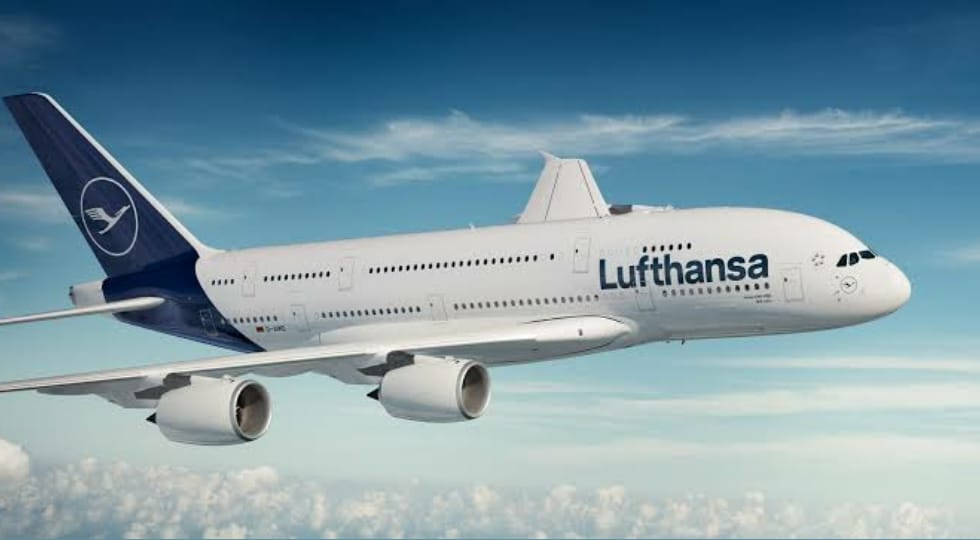 Lufthansa quer produzir combustível de aviação usando a luz solar