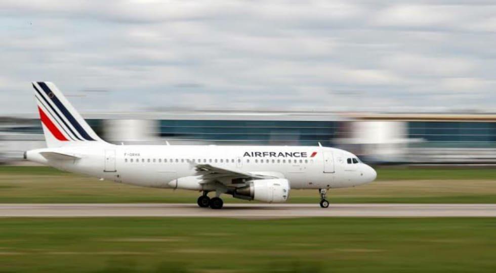 Air France irá realizar verificações de temperatura em seus passageiros