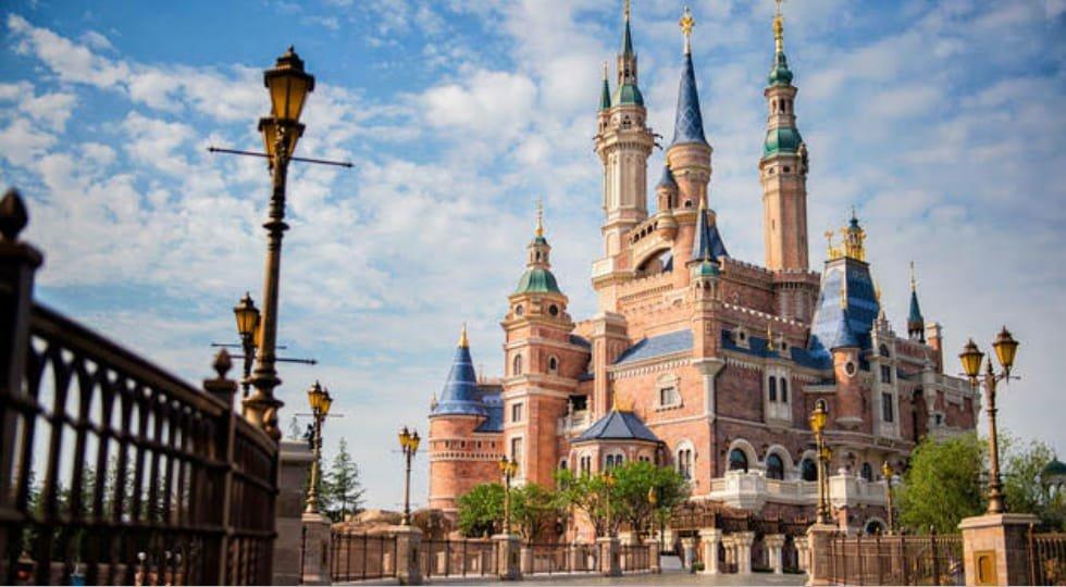 Disney planeja reabrir em fases seus parques em Orlando  no dia 11 de julho