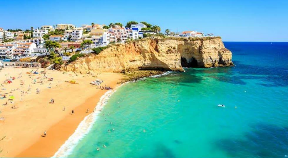 Portugal reabrirá praias a partir de 6 de junho